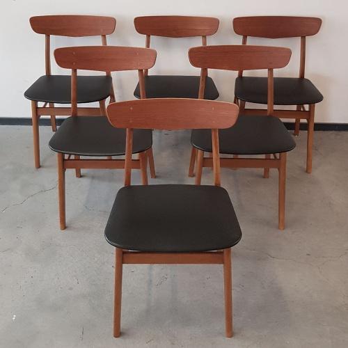 Set 6 Eetkamerstoelen.Set Van 6 Deense Vintage Teakhouten Eetkamerstoelen